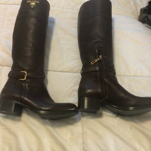 Authentic  Prada leather boots  / Brown